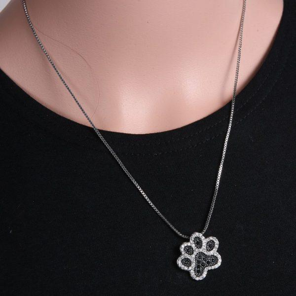 Svart silver stort tass halsband